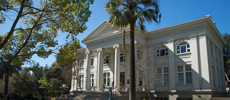 pomona college admissions